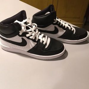 Nike court force SP mens size 8 black white rare